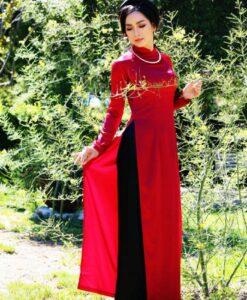 red-and-black-silk-satin-vietnam-ao-dai-hien-thao