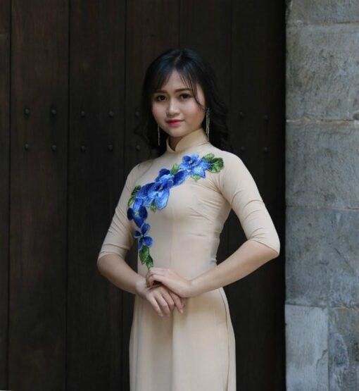 Ao Dai Vietnam Floral Decoration Ivory