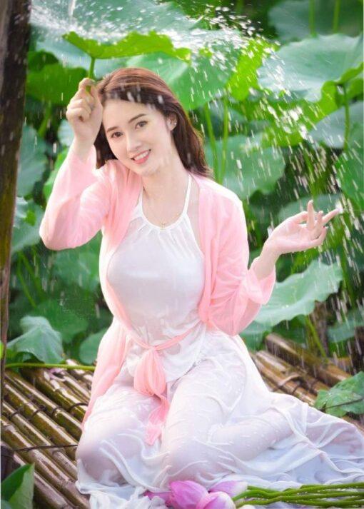 Modern Fashion Ao Yem Vietnam 2